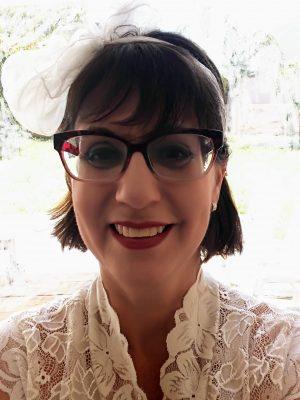 שירלי קליין-מטפלת משפחתית זוגית מוסמכת ומטפלת מינית באנשים בעלי צרכים מיוחדים מתמחה בפסיכותרפיה פרטנית